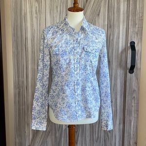 American Eagle Blue White Floral Button Down Top